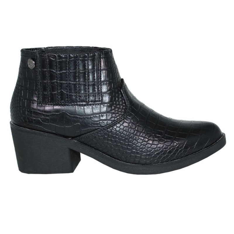 CHK10 BOTIN CAYAK SHOES