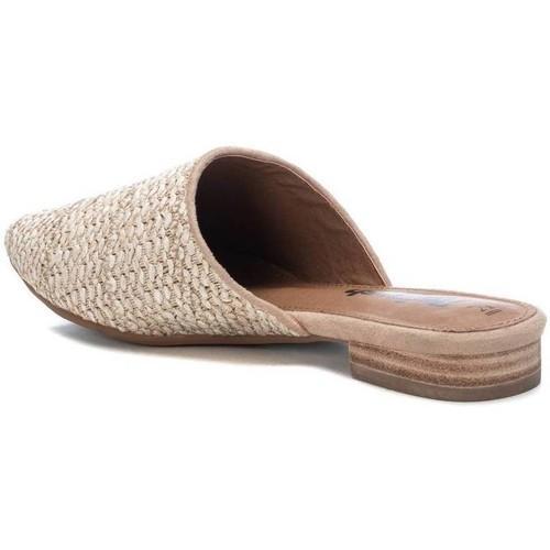 Zapato plano de rafia y suela de goma