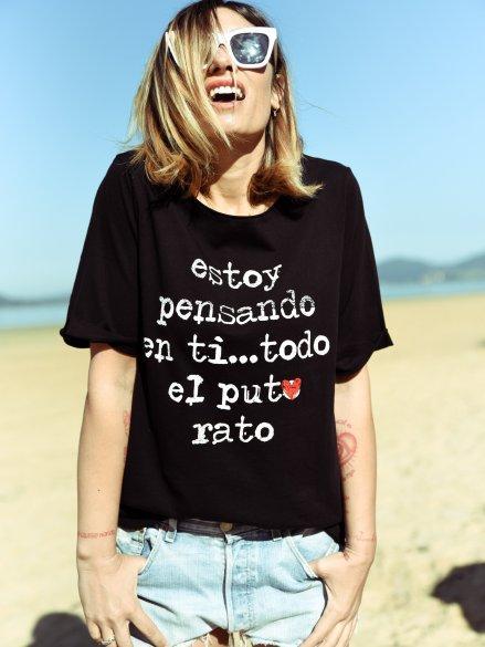Camiseta ampliota talla única 100% Algodón. Con serigrafía efecto vintage  en las letras