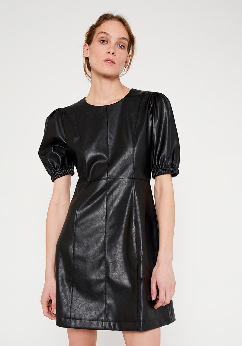 Vestido corto efecto piel con mangas abullonadas negro WILD PONY