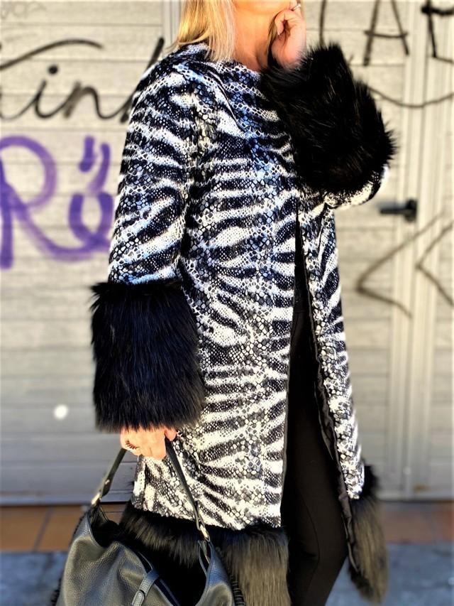 abrigo zebra con escamas tosnac.com