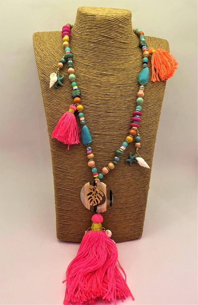 collar hippy pompon